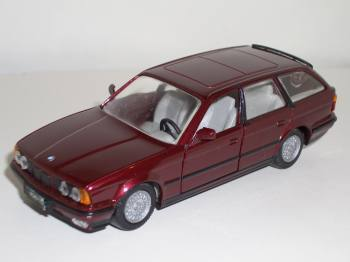 BMW 525i Touring - 1982 - Gama.